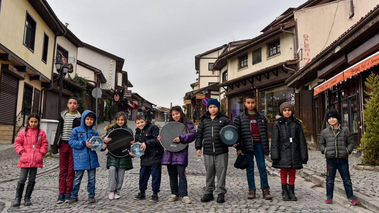 Kalenin Çocukları, Kaleyi sanata doyuruyor