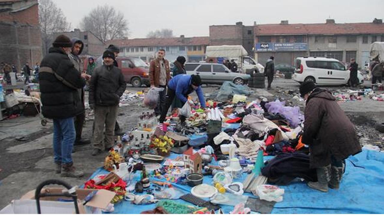 Bitpazarından belediyeye çağrı: Resmi yer istiyoruz